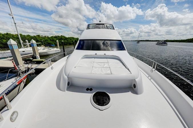 41 2006 LAZZARA 80 Skylounge Motor Yacht 2727530