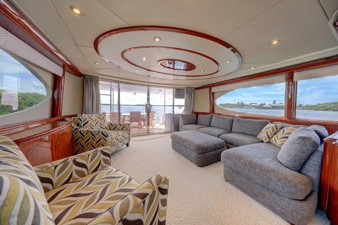12 2006 LAZZARA 80 Skylounge Motor Yacht 2727534