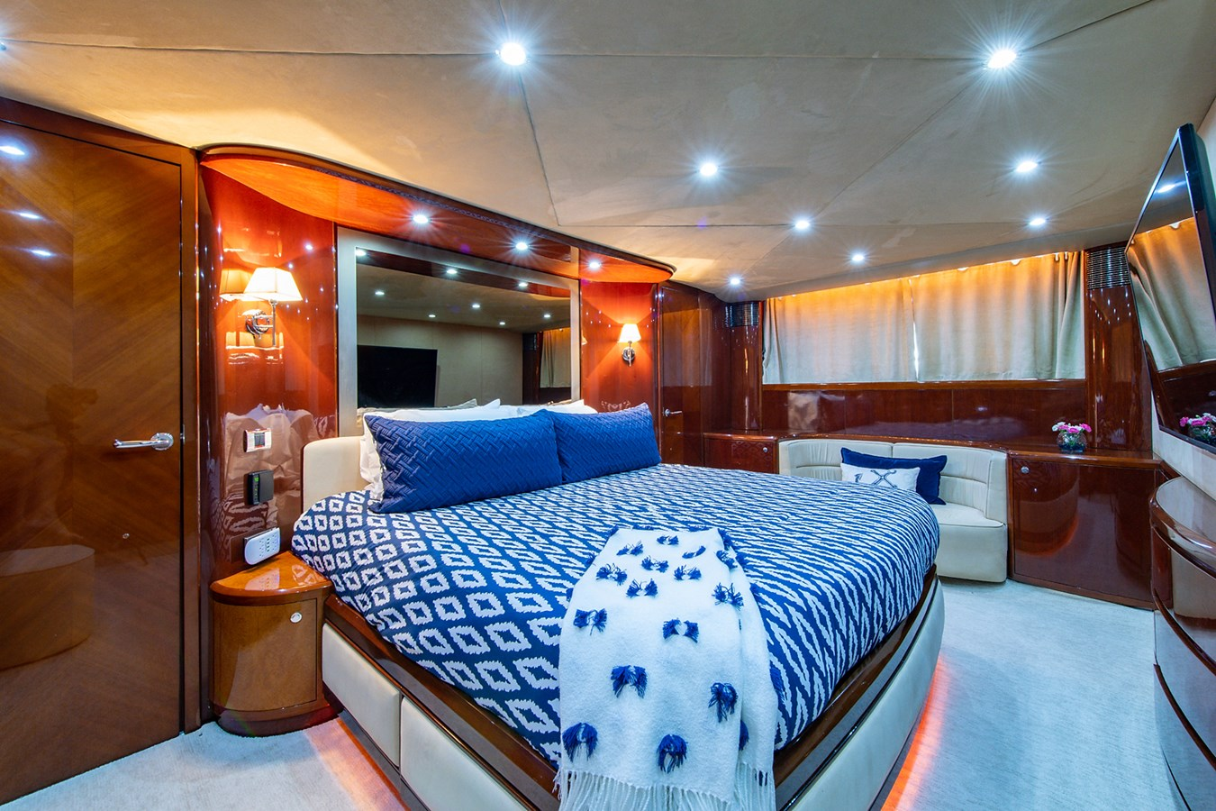 Forever 5_Master Stateroom2 2006 PRINCESS YACHTS  Motor Yacht 2721753