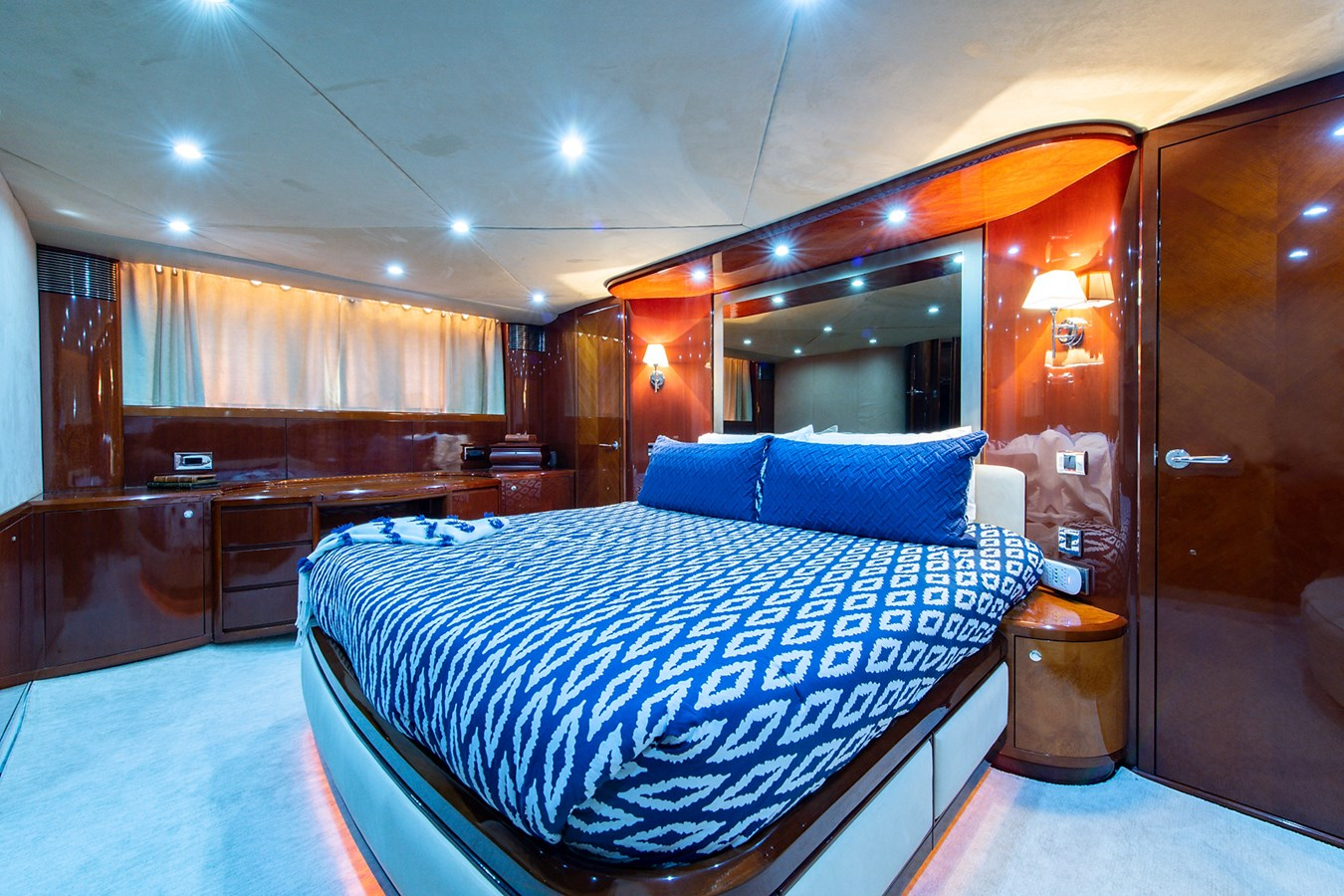 Forever 5_Master Stateroom4 2006 PRINCESS YACHTS  Motor Yacht 2721803