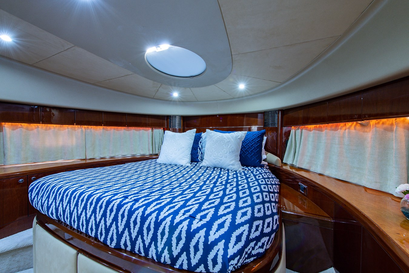 Forever 5_Forward Stateroom3 2006 PRINCESS YACHTS  Motor Yacht 2721824
