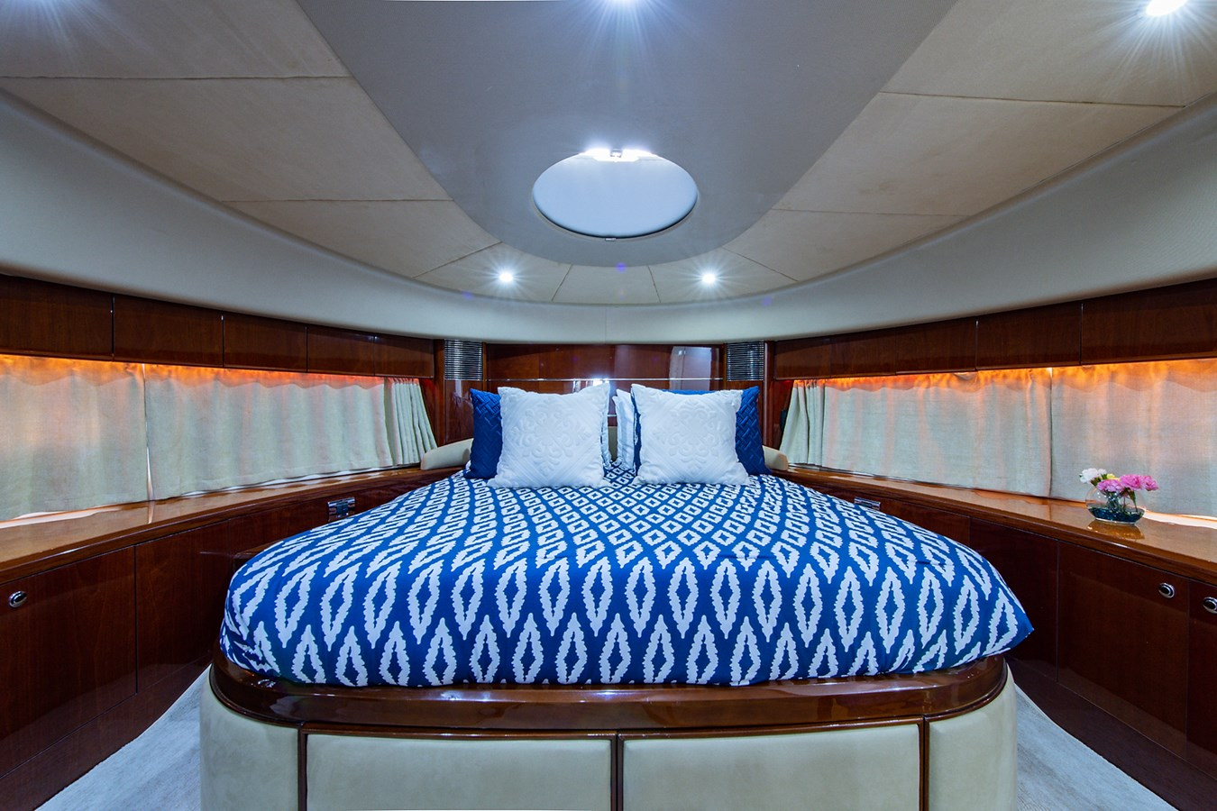 Forever 5_Forward Stateroom1 2006 PRINCESS YACHTS  Motor Yacht 2721826