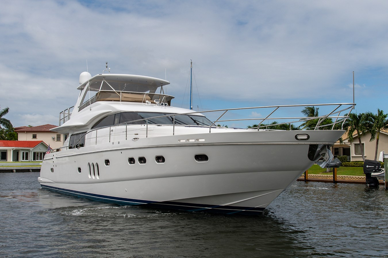 Forever 5_Bow Profile1 2006 PRINCESS YACHTS  Motor Yacht 2721840