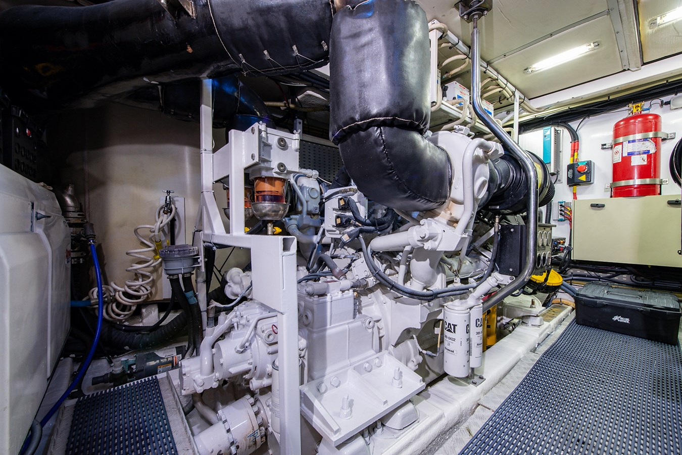 Forever 5_Engine Room3 2006 PRINCESS YACHTS  Motor Yacht 2721865