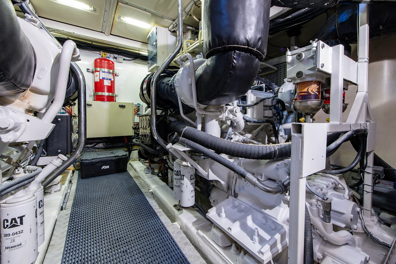 Forever 5_Engine Room2 2006 PRINCESS YACHTS  Motor Yacht 2721866
