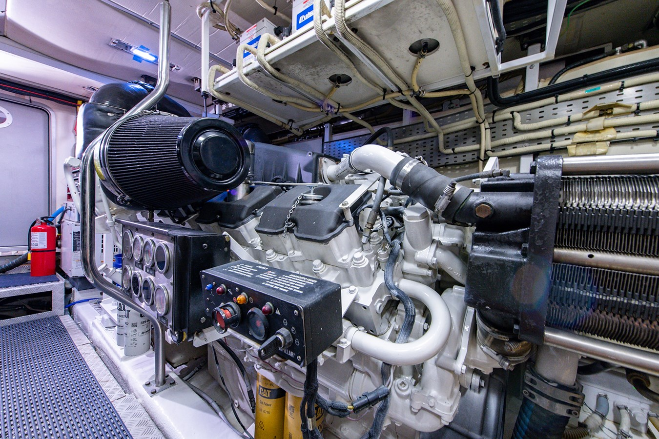 Forever 5_Engine Room9 2006 PRINCESS YACHTS  Motor Yacht 2721868