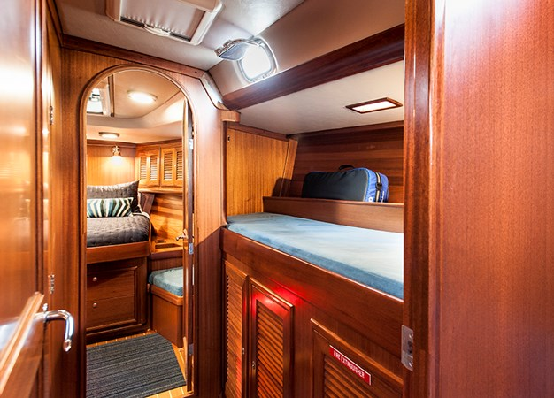 Companionway Berth 2006 J BOATS  Sloop 2723212