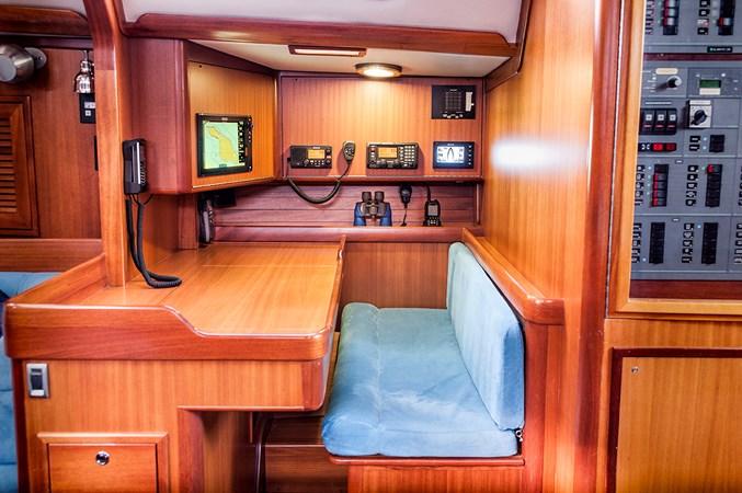 Navigation Station 2006 J BOATS  Sloop 2723217