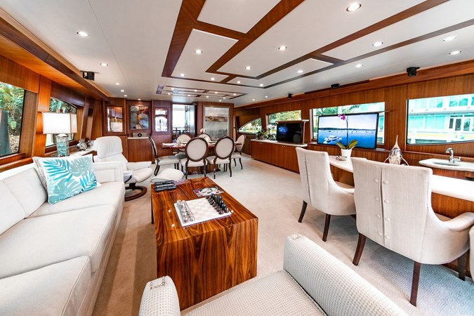 2013 HATTERAS Enclosed Bridge MY Motor Yacht 2725496