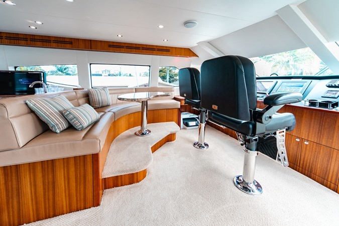 2013 HATTERAS Enclosed Bridge MY Motor Yacht 2725502