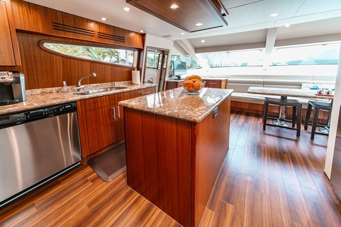2013 HATTERAS Enclosed Bridge MY Motor Yacht 2725505