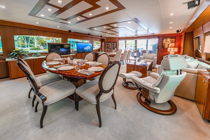2013 HATTERAS Enclosed Bridge MY Motor Yacht 2725515