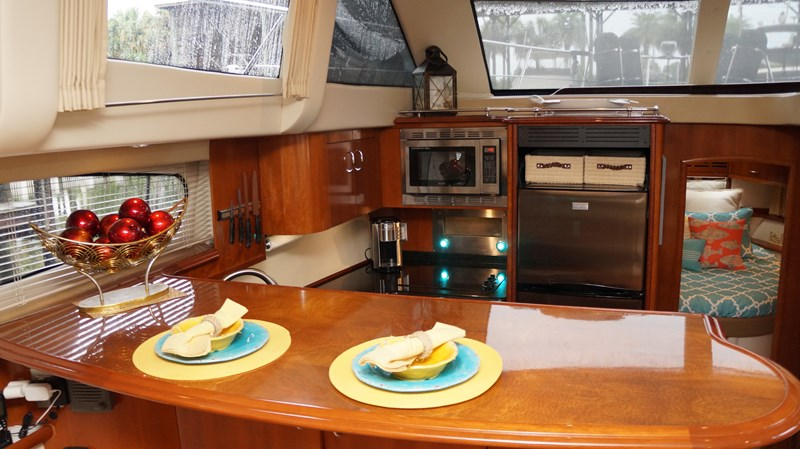 HORIZON Carver 2006 2006 CARVER 466 Hard Top Motor Yacht Motor Yacht 2781690