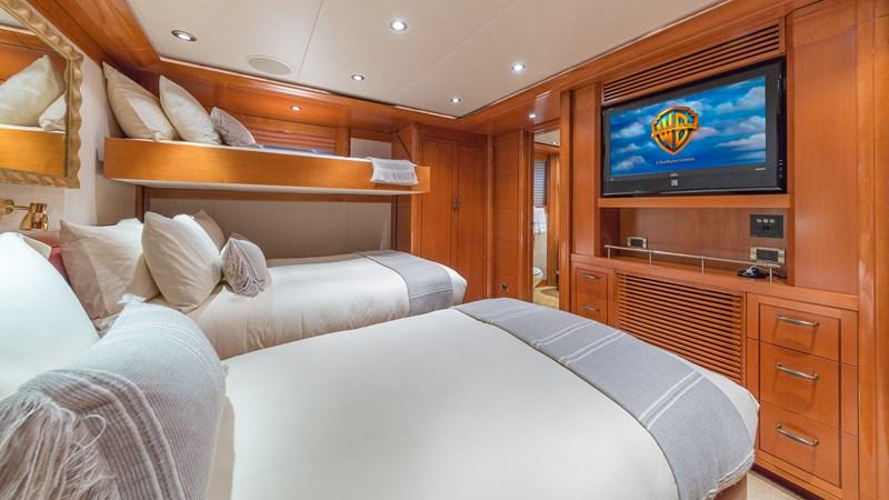 164_Westport_Hospitality_SML-42 2011 WESTPORT  Motor Yacht 2726029