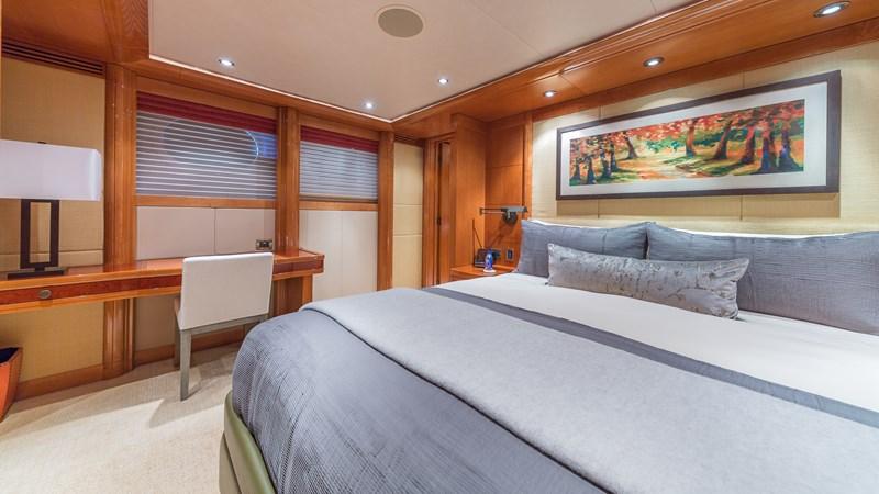 164_Westport_Hospitality_SML-46 2011 WESTPORT  Motor Yacht 2726031