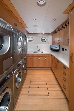 110 Hospitality Laundry Area 2011 WESTPORT  Motor Yacht 2726040