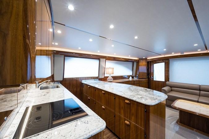 Galley 2016 VIKING Convertible Sport Fisherman 2726049