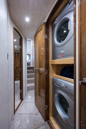 Laundry 2016 VIKING Convertible Sport Fisherman 2726051