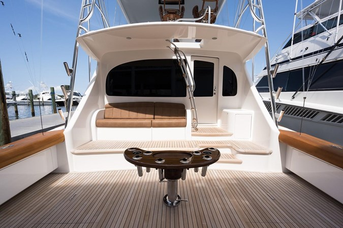 Cockpit 2016 VIKING Convertible Sport Fisherman 2726072