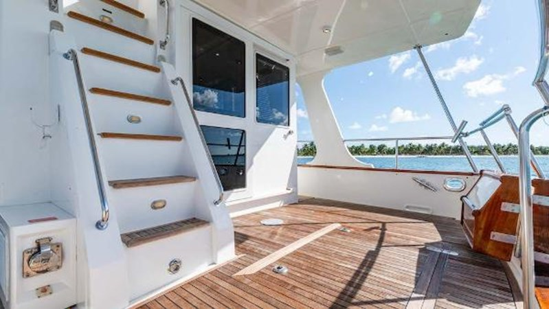 Aft Deck Stairs to Flybridge 2008 GRAND BANKS  Trawler 2752080