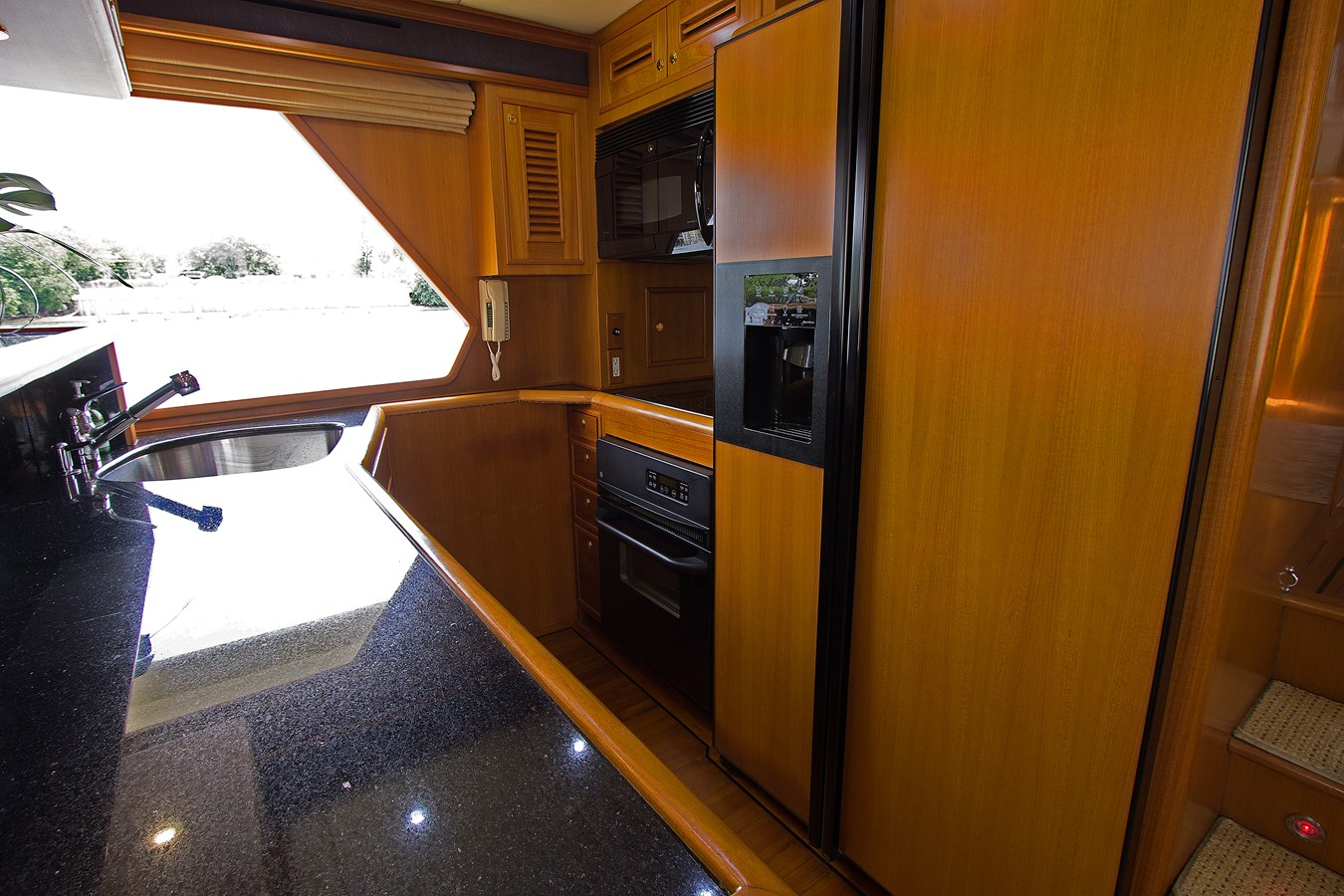 Galley 2007 OFFSHORE YACHTS  Motor Yacht 2728164
