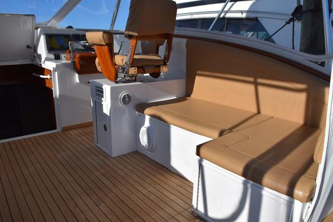 Bridge-deck Lounge starboard 2015 CUSTOM CAROLINA WARREN O'NEAL 2015 REBUILD Sport Fisherman 2728562