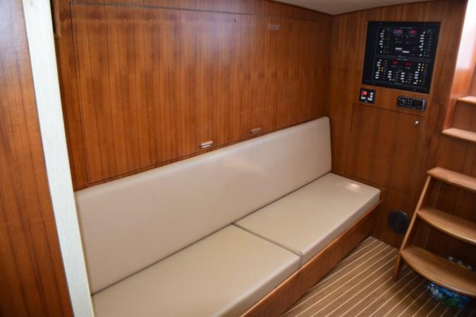 Cabin settee 2015 CUSTOM CAROLINA WARREN O'NEAL 2015 REBUILD Sport Fisherman 2728564