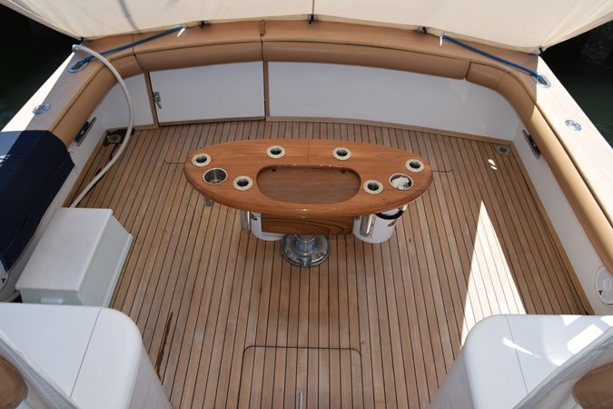 Cockpit with walk-thru transom gate and coaming pads 2015 CUSTOM CAROLINA WARREN O'NEAL 2015 REBUILD Sport Fisherman 2728567