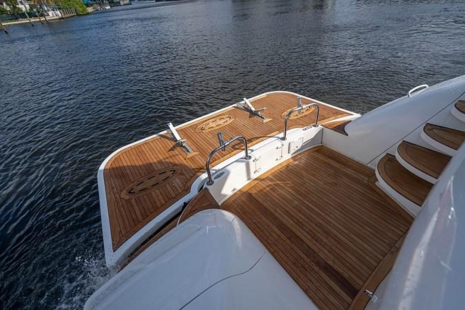 2004 LAZZARA  Motor Yacht 2744139