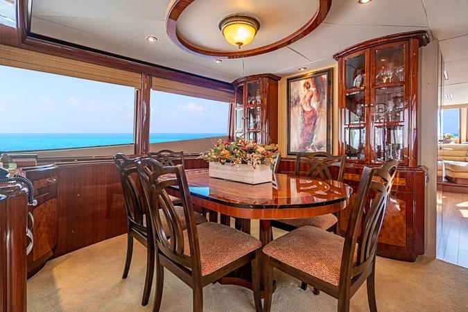 Dining Area 2004 LAZZARA  Motor Yacht 2745135