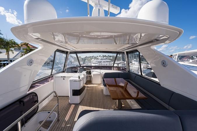 Bridge Deck 2017 PRINCESS YACHTS Flybridge Motoryacht Motor Yacht 2730186