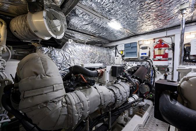 Engine Room 2017 PRINCESS YACHTS Flybridge Motoryacht Motor Yacht 2730192