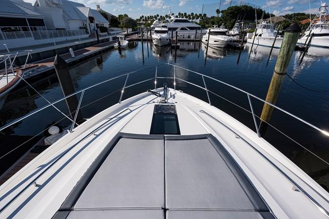 Foredeck 2017 PRINCESS YACHTS Flybridge Motoryacht Motor Yacht 2748038