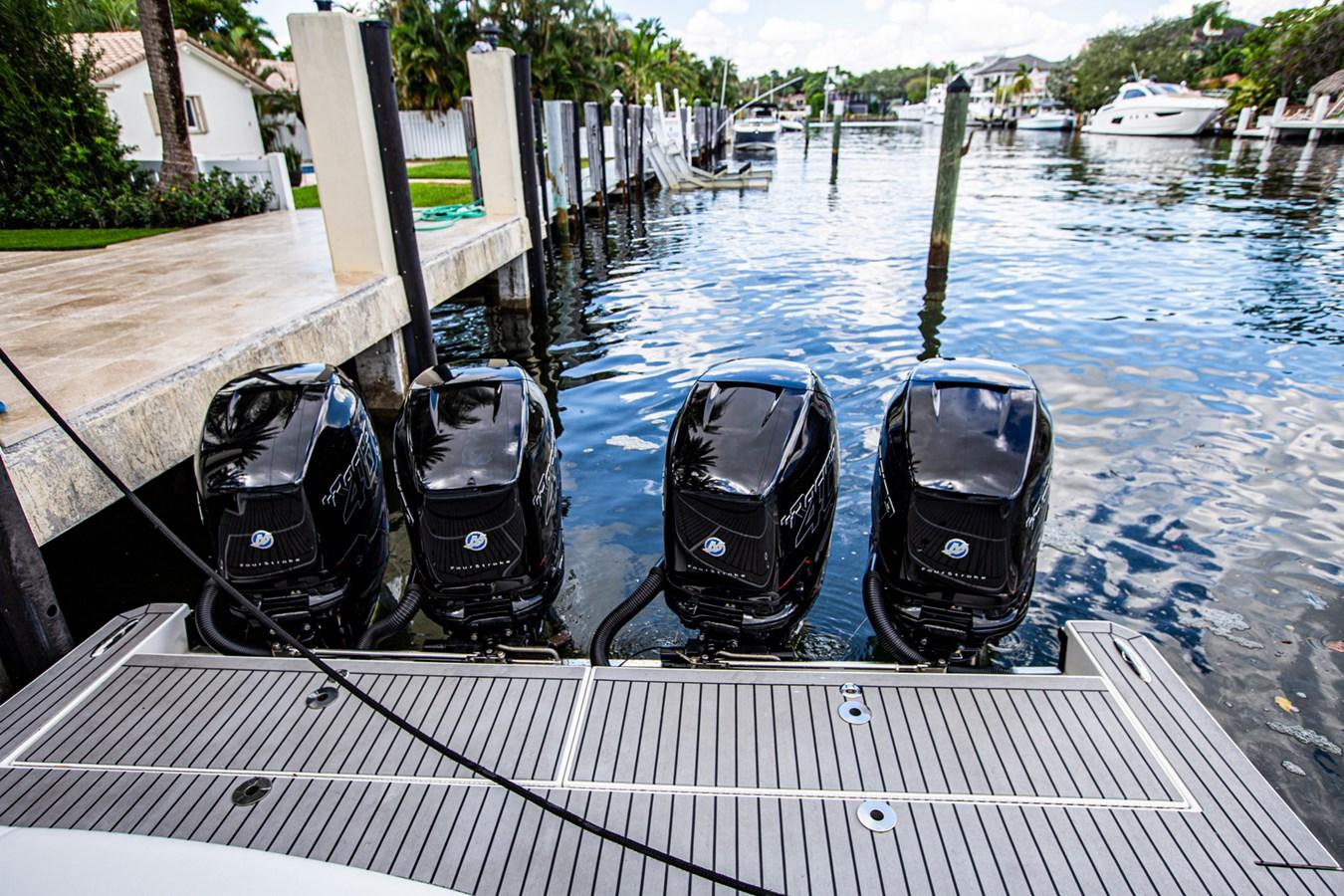 IMG_3928 2018 FORMULA 430 Super Sport Crossover Motor Yacht 2731413