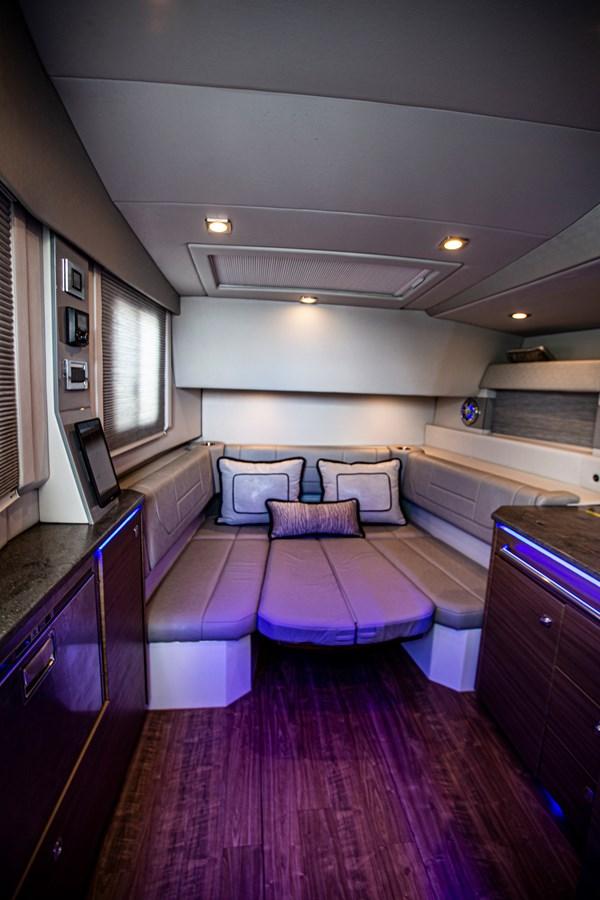 IMG_3967 2018 FORMULA 430 Super Sport Crossover Motor Yacht 2731418