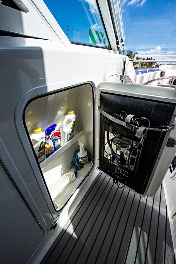 IMG_3983 2018 FORMULA 430 Super Sport Crossover Motor Yacht 2731421