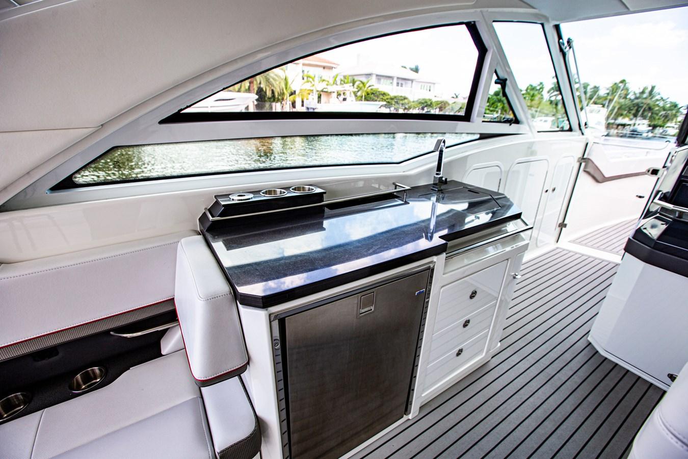 IMG_3951 2018 FORMULA 430 Super Sport Crossover Motor Yacht 2731422