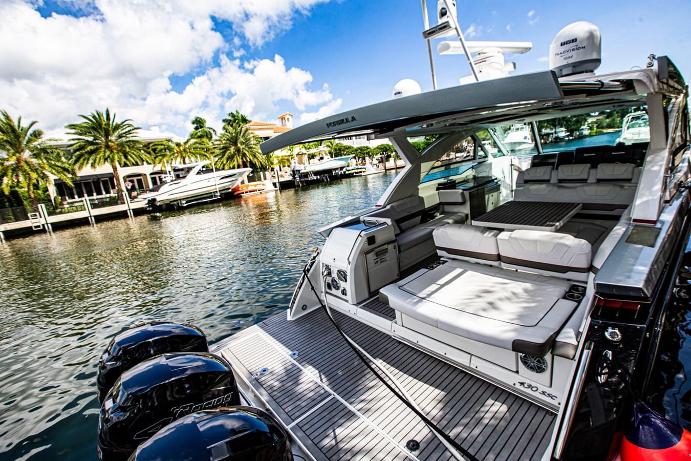 IMG_3989 2018 FORMULA 430 Super Sport Crossover Motor Yacht 2731446