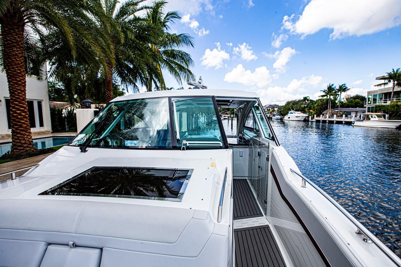IMG_3931 2018 FORMULA 430 Super Sport Crossover Motor Yacht 2731448