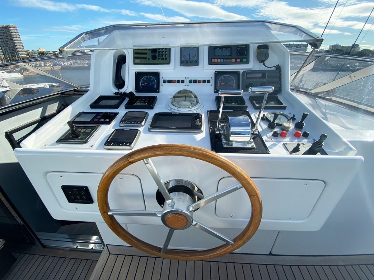 Mondomarine 85 Petardo - Flybridge 1995 MondoMarine 85 C Motor Yacht 2735399