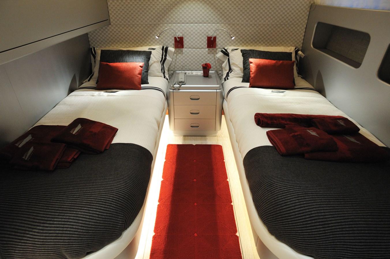 Mondomarine 85 Petardo - Twin Cabin 2 1995 MondoMarine 85 C Motor Yacht 2735404