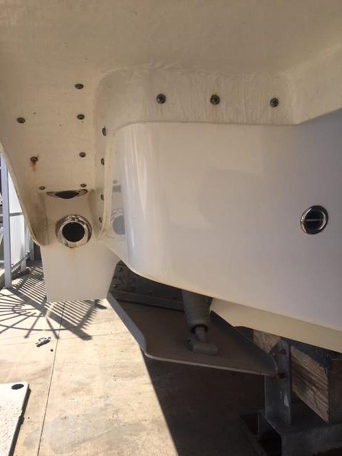 IMG_3592 2016 INTREPID 400 Sport Yacht Motor Yacht 2734466