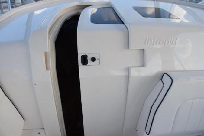One piece FBG sliding salon door with window 2010 INTREPID POWERBOATS INC. Intrepid Sport Yacht with Seakeeper Gyro Walkaround 2761059