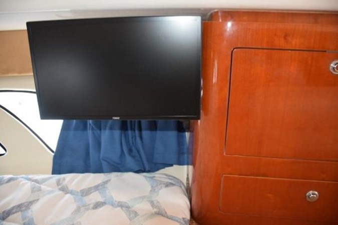 Flat panel 19-inch TV with celestial antenna 2010 INTREPID POWERBOATS INC. Intrepid Sport Yacht with Seakeeper Gyro Walkaround 2761071