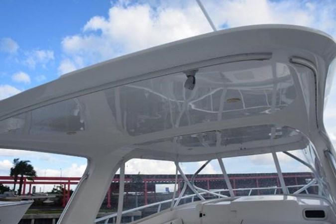 New enclosure 2010 INTREPID POWERBOATS INC. Intrepid Sport Yacht with Seakeeper Gyro Walkaround 2761072
