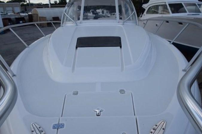 Bow view 2010 INTREPID POWERBOATS INC. Intrepid Sport Yacht with Seakeeper Gyro Walkaround 2761081