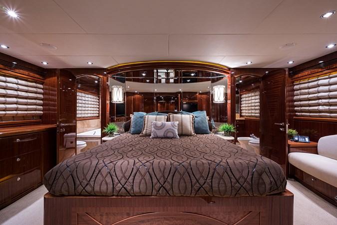 Master Stateroom 2010 HARGRAVE  Motor Yacht 2746498