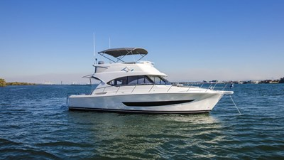 Riviera 39 Open Flybridge 259680