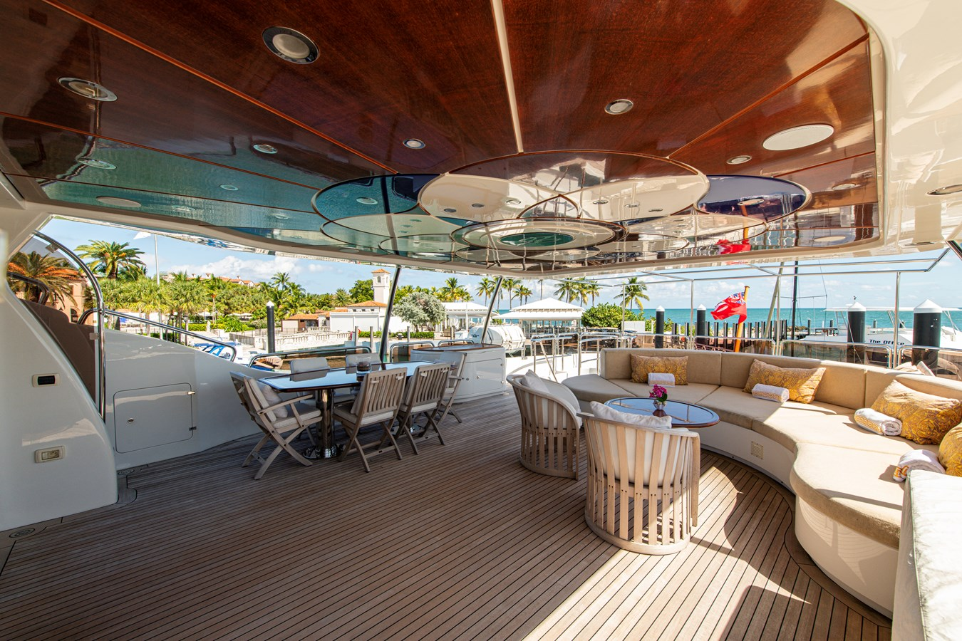 Pilot House Aft Deck 2006 BENETTI Tradition Series Motor Yacht 2738504
