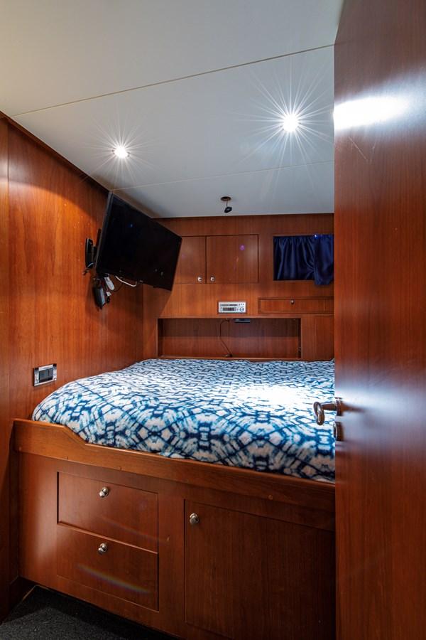 Crew Quarters 2006 BENETTI Tradition Series Motor Yacht 2738514